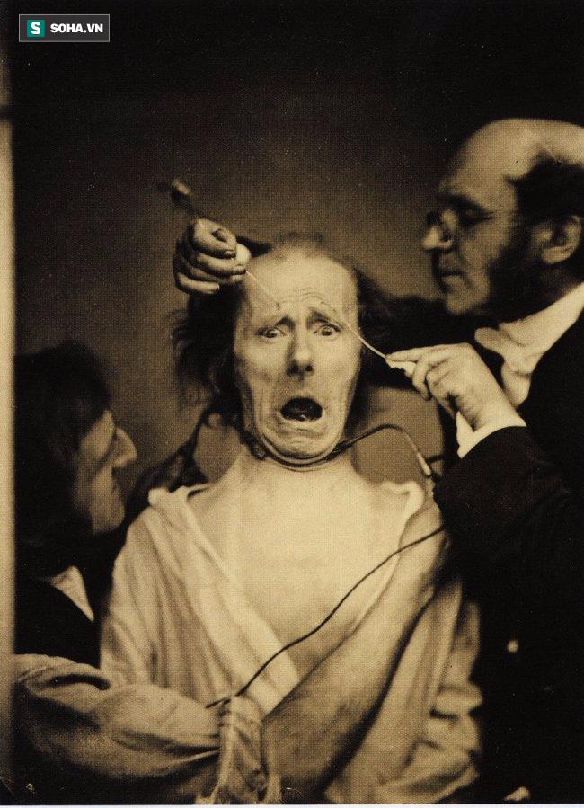 10 bức ảnh lịch sử ám ảnh tột cùng người xem! - ảnh 4