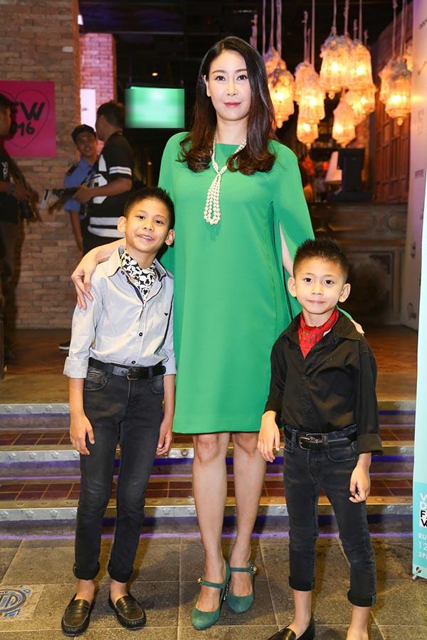 Hồ Ngọc Hà xuất hiện cùng người con trai cô yêu nhất - Ảnh 2.