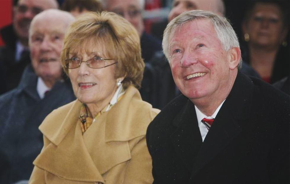 Sir Alex Ferguson: Vẫn cháy mãi ngàn năm một trái tim tình si - Ảnh 15.