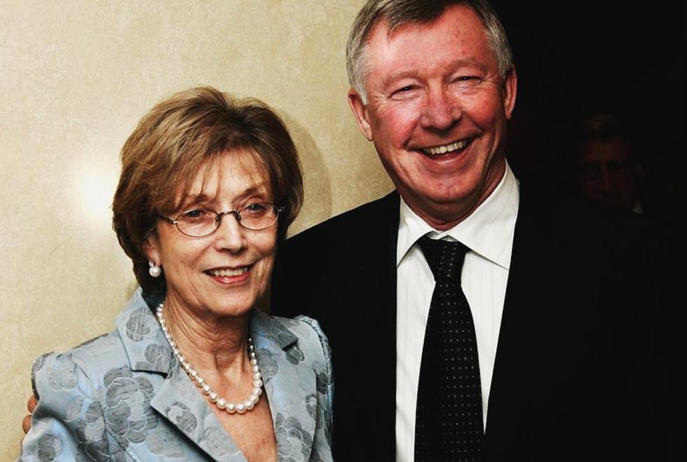 Sir Alex Ferguson: Vẫn cháy mãi ngàn năm một trái tim tình si - Ảnh 11.