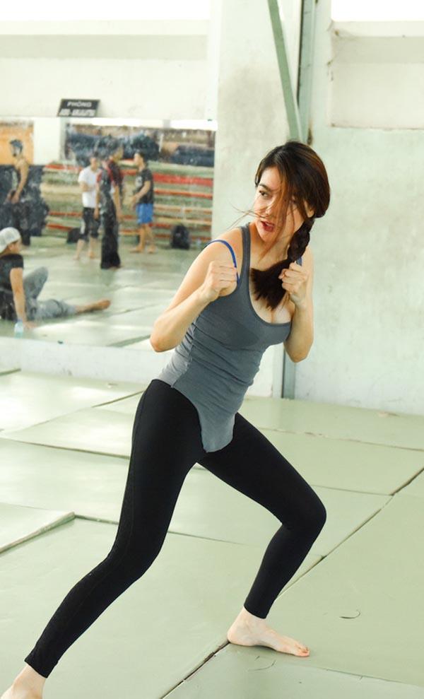 Hiếm khi thấy Trương Ngọc Ánh mặc bikini nóng bỏng như vậy - Ảnh 5.