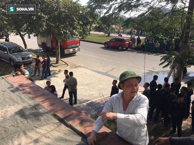 Cháy lớn ở khu công nghiệp Ngọc Hồi, nhiều người hoảng loạn bỏ chạy - ảnh 17