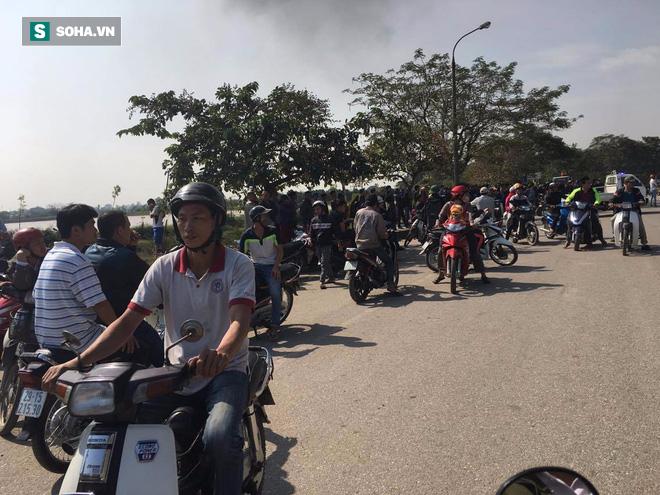 Cháy lớn ở khu công nghiệp Ngọc Hồi, nhiều người hoảng loạn bỏ chạy - ảnh 18