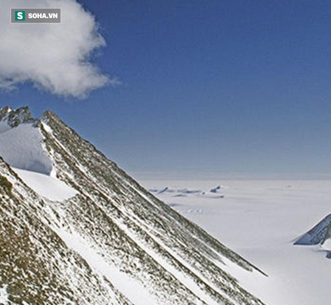 Phát hiện kim tự tháp kỳ lạ chưa từng có ở Nam Cực có thể làm thay đổi lịch sử loài người - Ảnh 1.