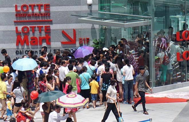 Người Việt đang tự chối bỏ quyền làm người văn minh - Ảnh 2.