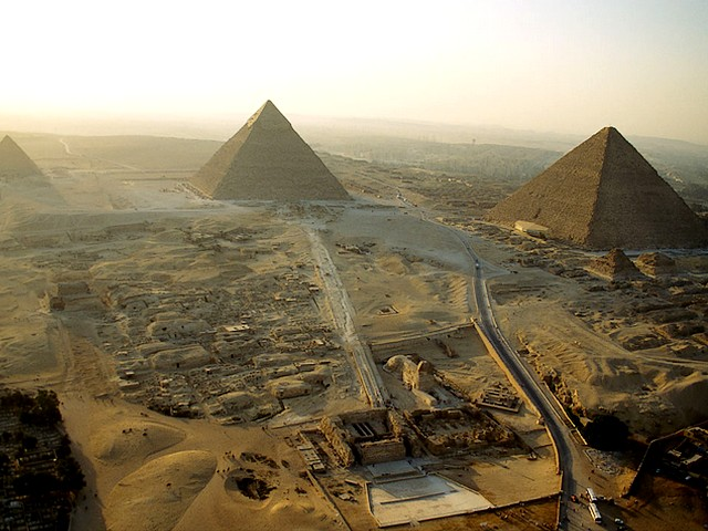 Giza - Đại kim tự tháp nổi tiếng nhất thế giới đã lấy lại được hình dáng vốn có của mình - Ảnh 2.