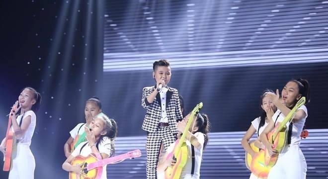 Đông Nhi ôm mặt khóc khi phải làm điều này ở The Voice Kids - Ảnh 11.