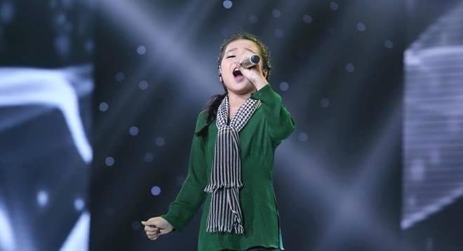 Đông Nhi ôm mặt khóc khi phải làm điều này ở The Voice Kids - Ảnh 10.