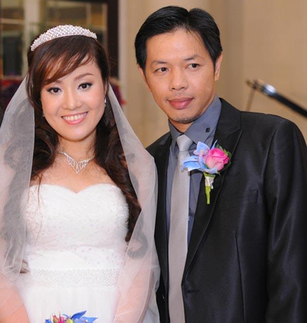 Chân Dung Vợ Xinh Đẹp Kém 11 Tuổi Của Diễn Viên Thái Hòa - Ảnh 1