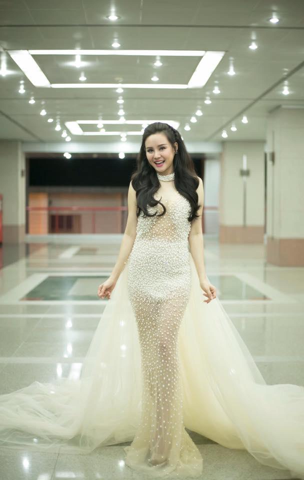 """Cuộc sống như """"bà hoàng"""" của Vy Oanh sau khi lấy chồng đại gia - Ảnh 1."""