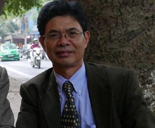 Chữa tắc đường ở Hà Nội: Dời đô hành chính hay cấm xe máy? - Ảnh 1.