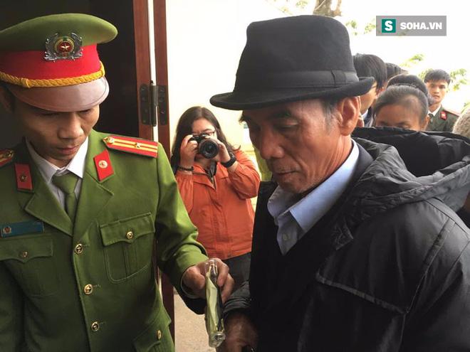 [CẬP NHẬT] Xét xử vụ thảm án giết 4 bà cháu ở Quảng Ninh - Ảnh 3.