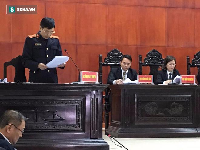 [CẬP NHẬT] Xử vụ án giết 4 bà cháu ở Quảng Ninh: Nghĩ đang... canh trộm sau khi giết người - Ảnh 1.