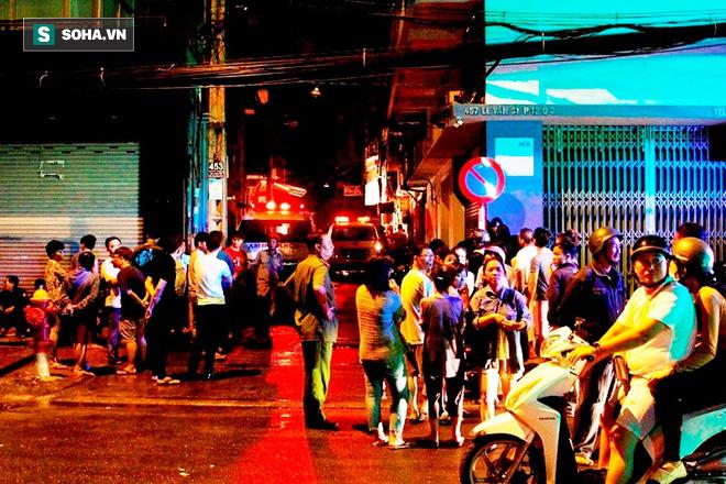 Cháy kinh hoàng ở Sài Gòn, 6 người trong gia đình tử vong, 4 bị thương - Ảnh 2.