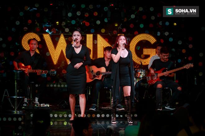 Quá 12h đêm, Quang Linh và hàng chục nghệ sĩ vẫn miệt mài hát vì miền Trung - Ảnh 11.
