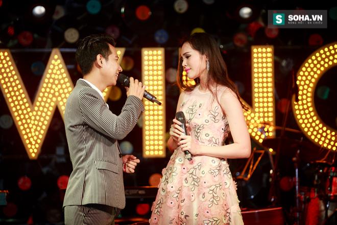 Quá 12h đêm, Quang Linh và hàng chục nghệ sĩ vẫn miệt mài hát vì miền Trung - Ảnh 20.