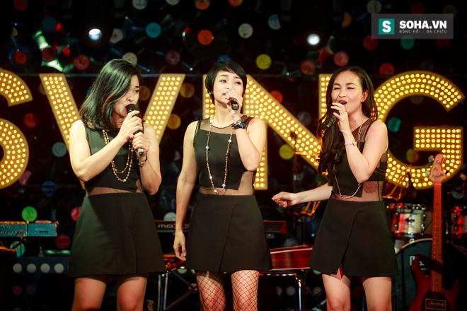 Quá 12h đêm, Quang Linh và hàng chục nghệ sĩ vẫn miệt mài hát vì miền Trung - Ảnh 21.