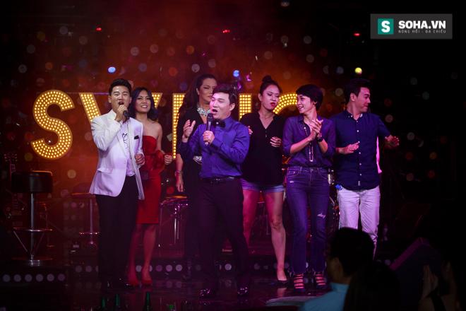 Quá 12h đêm, Quang Linh và hàng chục nghệ sĩ vẫn miệt mài hát vì miền Trung - Ảnh 33.