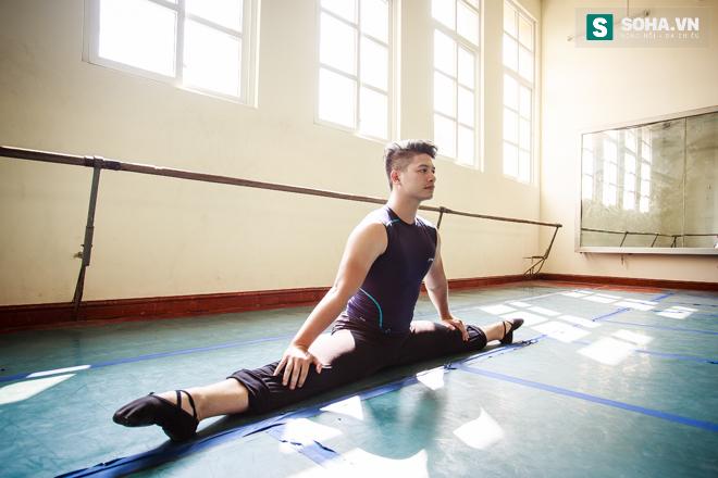 Cuộc sống chưa từng biết của NSƯT Ballet trẻ nhất Việt Nam - Ảnh 14.