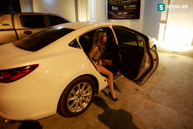 Thay đồ trên ô tô và cuộc sống sau 12h đêm của hot girl nóng bỏng Linh Miu - Ảnh 6.