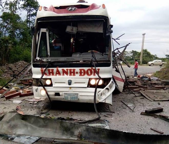 11 gia đình kéo nhau đi kiện chủ xe trong vụ nổ xe khách Khánh Đơn ở Lào - Ảnh 4.