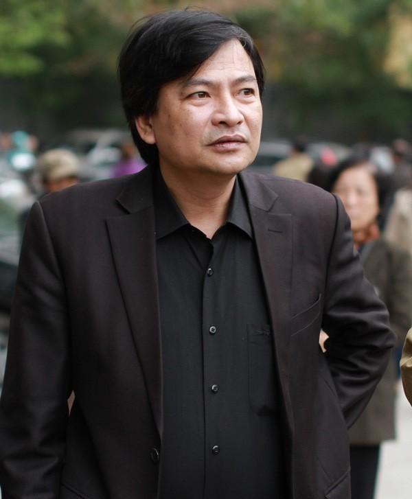 Chân dung nghệ sĩ nổi tiếng có nụ cười đểu nhất Việt Nam - Ảnh 3.