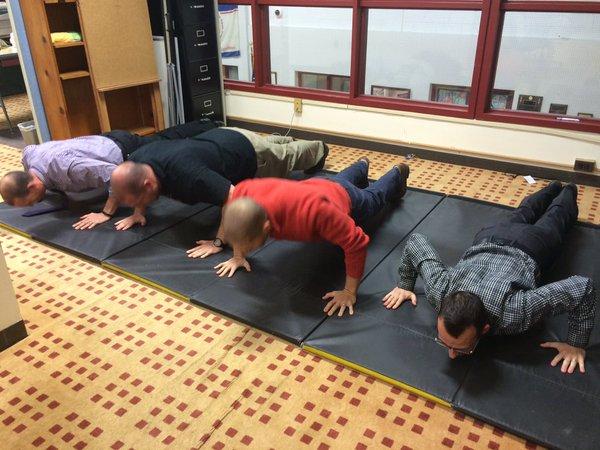 Bí mật về Plank, bài tập đang sôi sục từ phòng gym tới công sở - Ảnh 12.