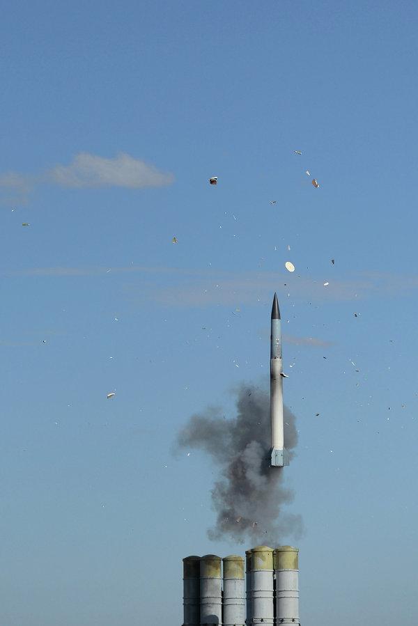 Nỗi lo của Nga khi bán công nghệ tên lửa S-400 cho Hàn Quốc - Ảnh 2.