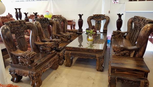 Chiêm ngưỡng vật phẩm tiền tỷ quý hiếm của giới nhà giàu Việt - Ảnh 1 - The Most Expensive Wood Furniture Of The Rich In Vietnam - News