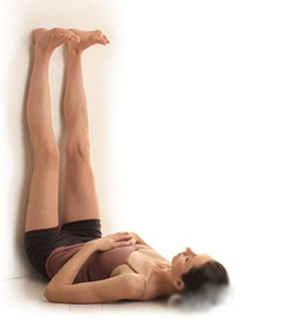 Dựa chân vào tường: Bài tập thể dục đang tạo sóng khắp thế giới - Ảnh 8.