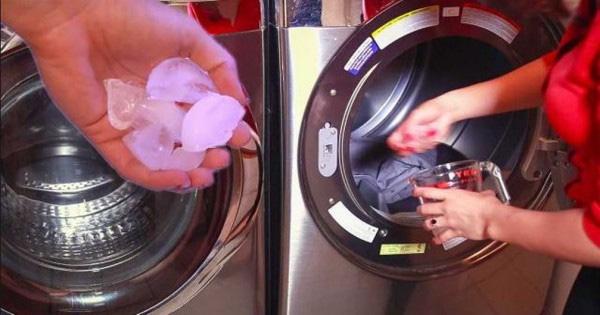 Cho vài viên đá lạnh vào máy giặt rồi thảnh thơi xem kết quả bất ngờ - Ảnh 1.