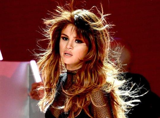 Selena Gomez viện cớ bị bệnh để che giấu chuyện đang nghiện ngập? - Ảnh 1.