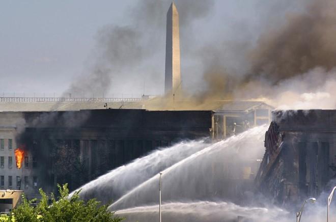 Những hình ảnh không thể quên của vụ khủng bố 11/9 - Ảnh 6.