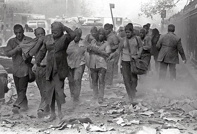 Những hình ảnh không thể quên của vụ khủng bố 11/9 - Ảnh 8.