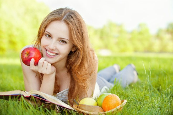 Ăn một quả táo mỗi ngày giảm nguy cơ ung thư - Ảnh 1.