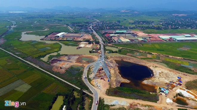 Cổng chào Quảng Ninh hoành tráng nhất Việt Nam - Ảnh 1.