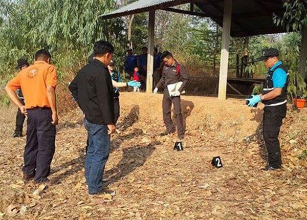 Bé trai sơ sinh bị đâm 14 nhát dao rồi chôn sống ở Thái Lan giờ ra sao? - Ảnh 1.
