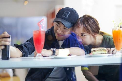 Rộ tin Trấn Thành và Hari Won đám cưới vào cuối tháng 12 - Ảnh 2.