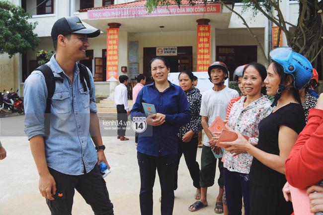 MC Phan Anh: Với số tiền đã gần 14 tỷ, cứu trợ khẩn cấp xong, tôi sẽ dùng làm từ thiện chuyên sâu hơn - Ảnh 2.