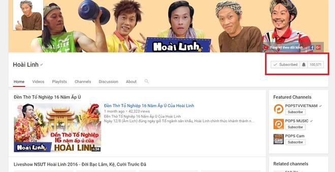 Hoài Linh nhận nút play mạ Bạc từ YouTube - Ảnh 1.