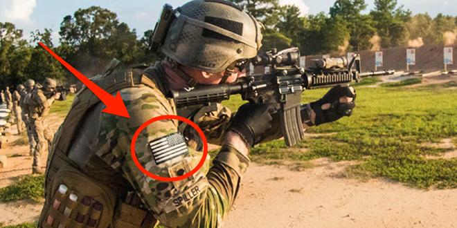 Vì sao lá cờ Mỹ được in ngược trên quân phục? - Ảnh 1.