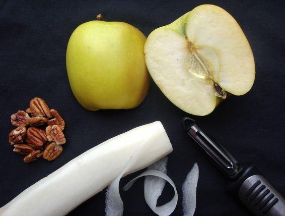 Chớ dại ăn củ cải nhân sâm trắng mùa đông với những loại này - Ảnh 1.