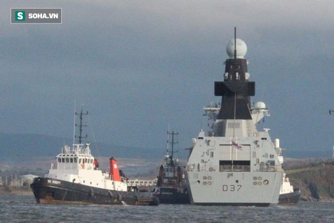 Linh kiện Trung Quốc khiến siêu hạm 4,4 tỷ USD của Mỹ ngất giữa đường? - Ảnh 1.