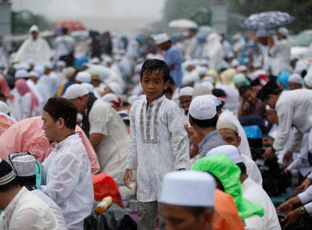 Indonesia: Biểu tình rung chuyển Jakarta đòi bắt giam thị trưởng gốc Hoa, cộng đồng Hoa kiều run sợ - Ảnh 2.
