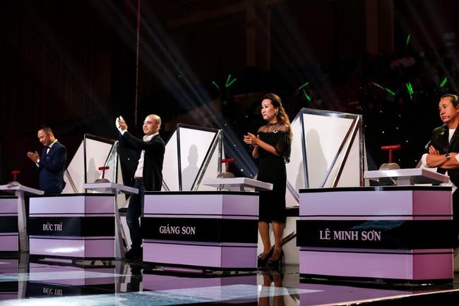 Sing My Song: Hot boy 16 tuổi khiến 4 giám khảo cuống cuồng giành giật vì sáng tác gây nghiện! - Ảnh 1.