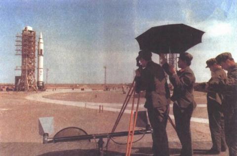 Nga - Trung Quốc khiến Mỹ phải mua thêm LRASM  - Ảnh 2.