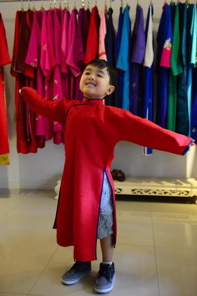 Thần đồng 5 tuổi gốc Việt khiến cả nước Mỹ thán phục đã được dạy dỗ như thế nào? - Ảnh 2.