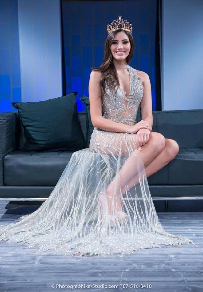 Cận cảnh nhan sắc của cô gái vừa đăng quang Hoa hậu Thế giới 2016 - Ảnh 15.