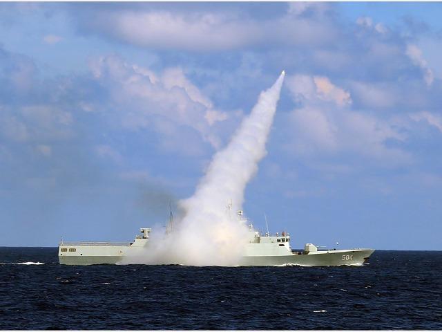 Tiết lộ sốc: Năm 2016, chiến tranh Trung-Mỹ ở Biển Đông chút nữa đã bùng phát - Ảnh 1.