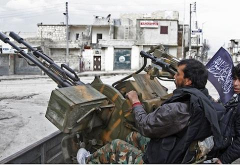 Vì sao đang đà thắng Aleppo, Nga-Syria vội chấp nhận ngừng bắn?  - Ảnh 3.